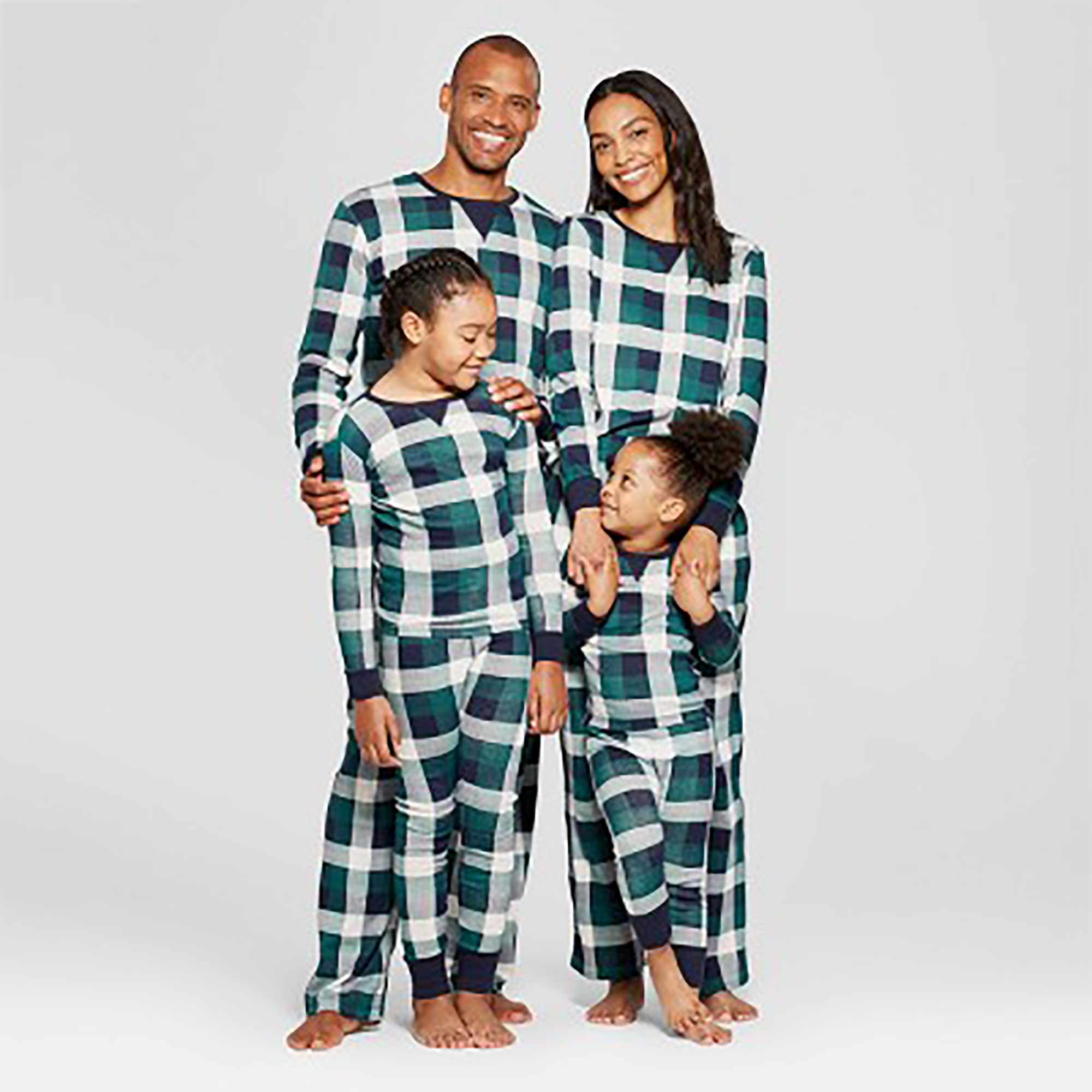 6aaf290ebe3e The Best Matching Family Christmas Pajamas for 2018