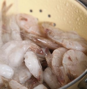 Why You Should Buy Frozen Shrimp