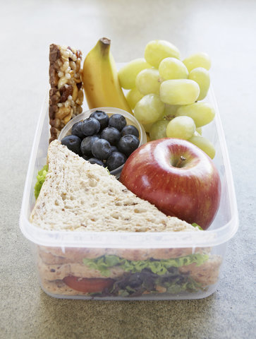 what nutritionists pack in their kids' lunch boxes  real