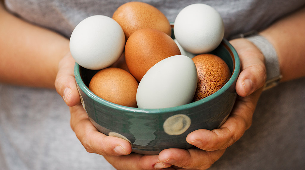 How to Tell if Eggs Are Old