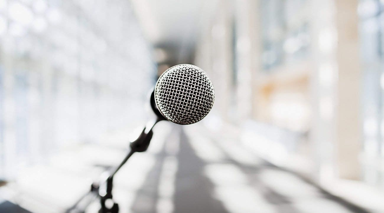 Microphone set up for speech