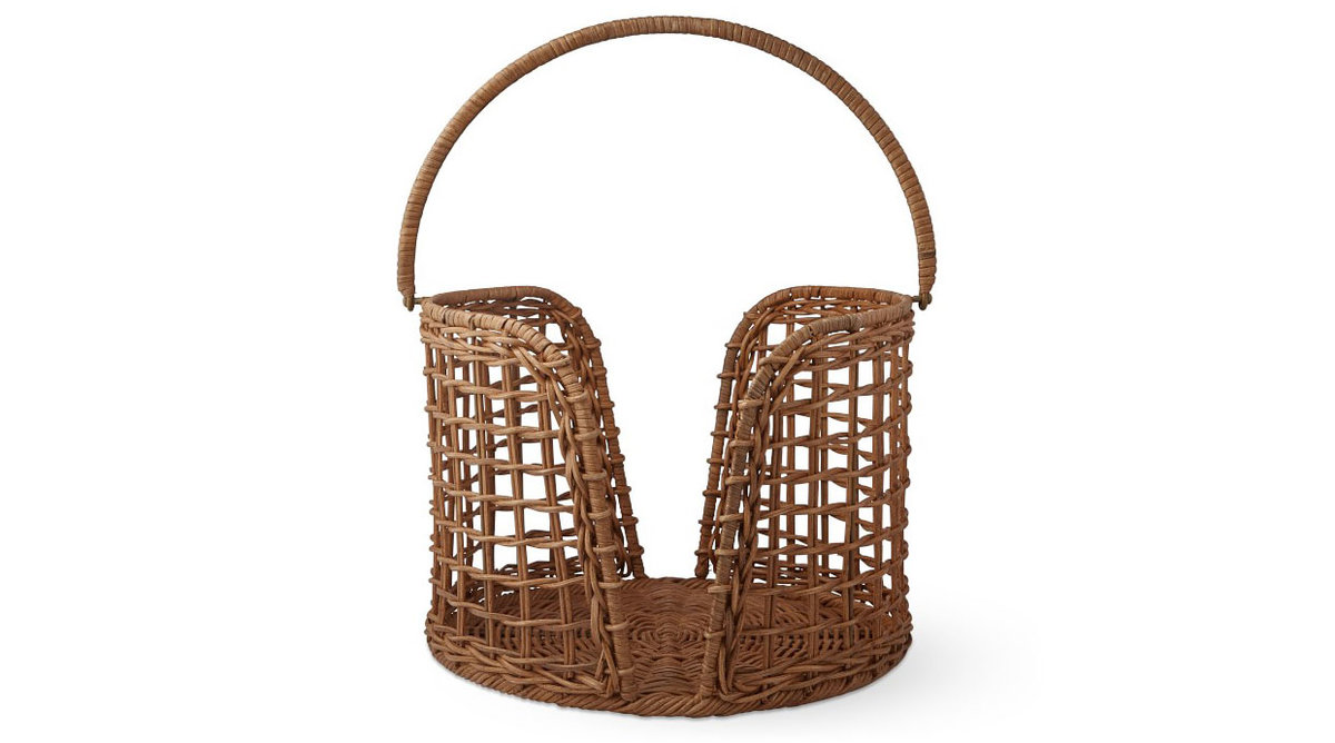 Light Rattan Plate Caddy