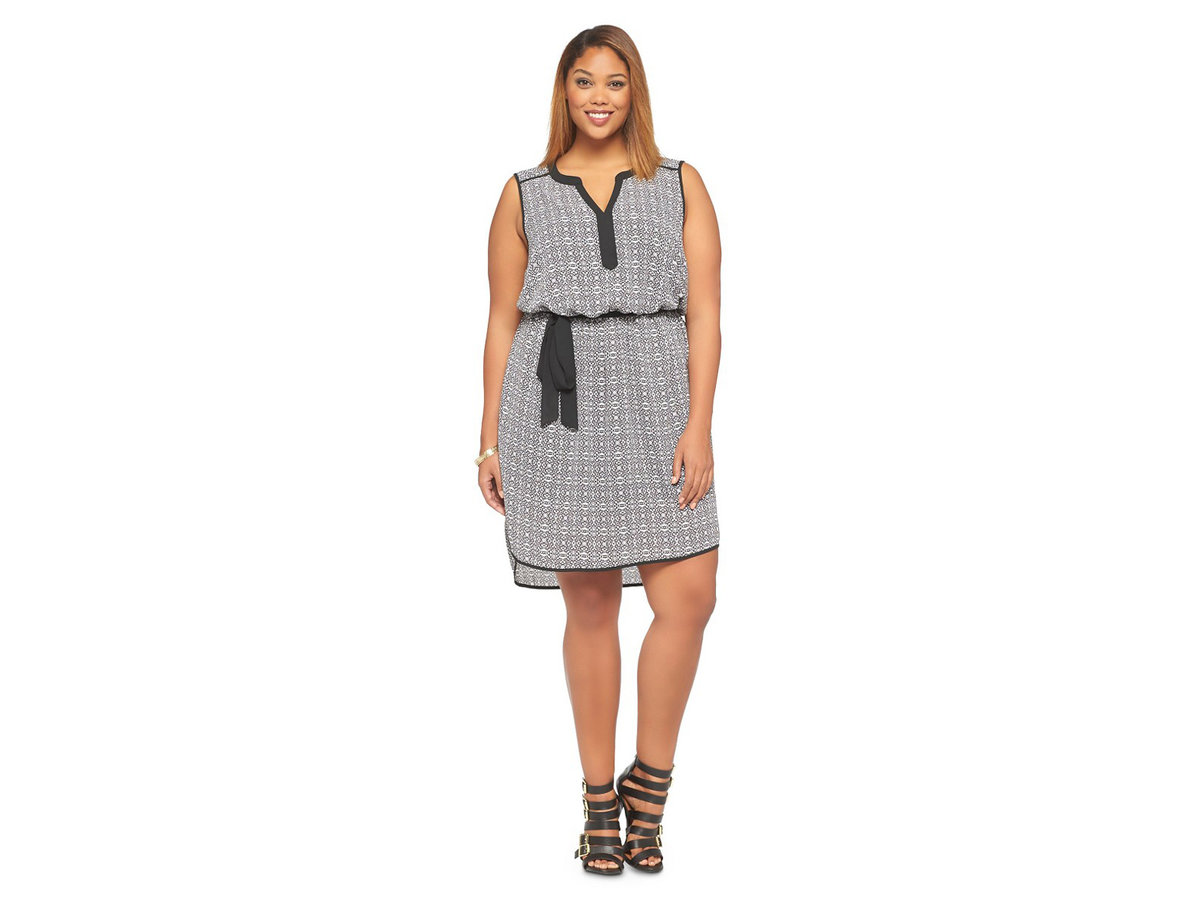7 Flattering Dresses for Full-Figured Women