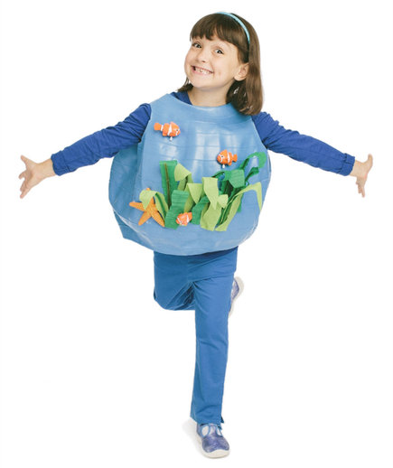 Cool halloween costumes you can make using stuff around for One fish two fish costume