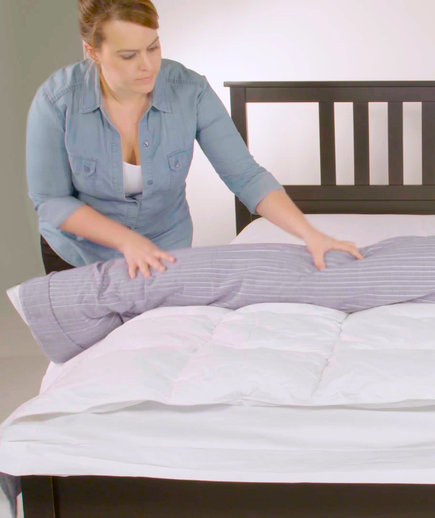 video how to put on a duvet cover real simple. Black Bedroom Furniture Sets. Home Design Ideas