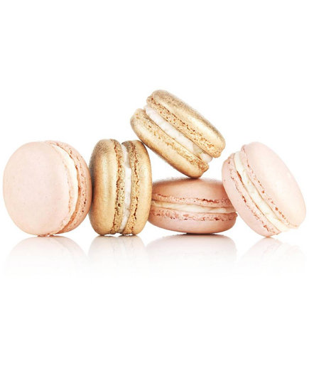 Champagne & Strawberries Macaron Box