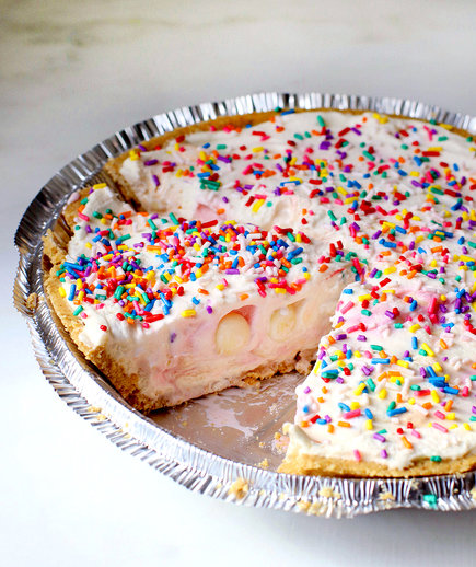 No-Bake Cheesecake With Cheesecake M&Ms