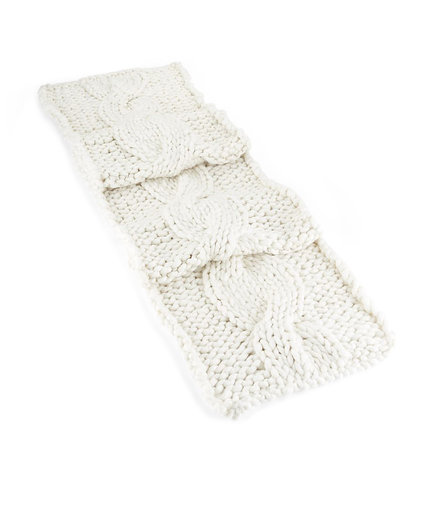 Cozy Knit Table Runner