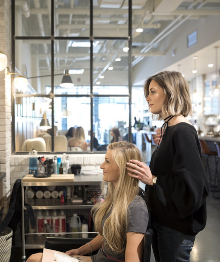 how much to tip hairdressers and stylists real simple - How Much To Tip Hairdresser At Christmas