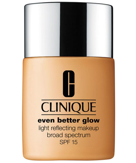 Clinique Even Better Glow Light Reflecting Makeup SPF 15