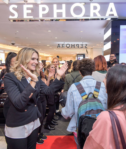 People at the Sephora Memorial Day Sale