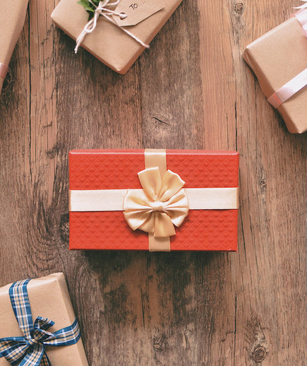 Best Gifts for New Moms: Christmas, Birthday, and Holiday Ideas