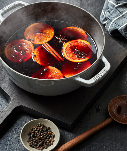 Image List: Spicy Mulled Wine (1218STA)
