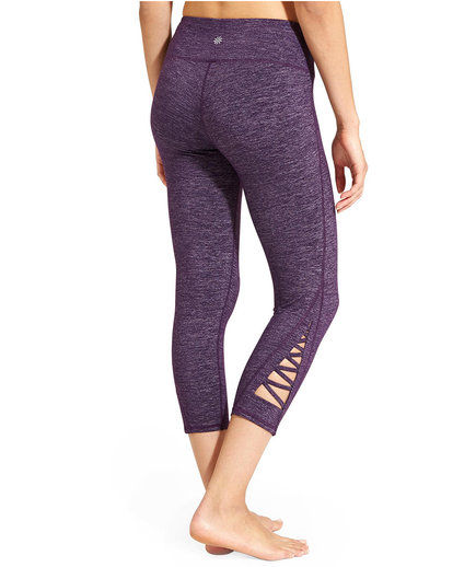 Athleta Quest Criss Cross Chaturanga Capri