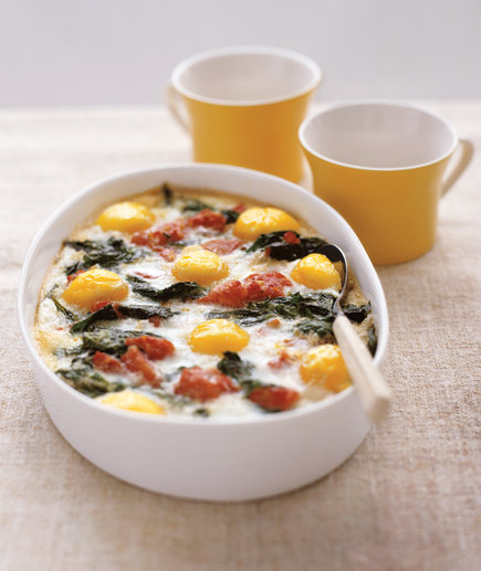 Baked Eggs With Spinach and Tomatoes Healthy Casserole (7 Breakfast Casseroles That'll Please a Crowd)