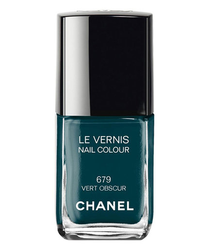 """Chanel Le Vernis Nail Colour in """"Vert Obscur"""""""