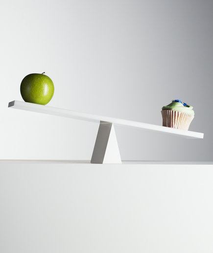 apple-cupcake-seesaw
