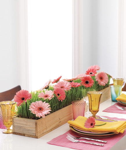 5 minute centerpiece ideas for every occasion real simple for Home made decoration pieces