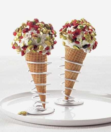 cranberry-dipped-cones