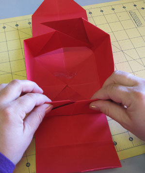 Hand-Folded Gift Box steps