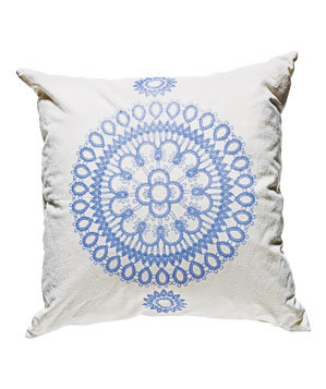 Doily cotton pillow cover by Soraam