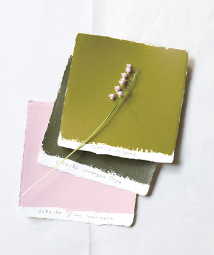 green-pink-paint-swatches