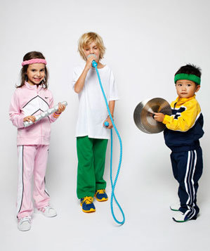 Kids in rock band costumes