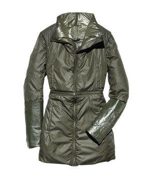 Improvd polyester coat