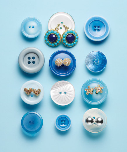 blue-buttons-earrings-0