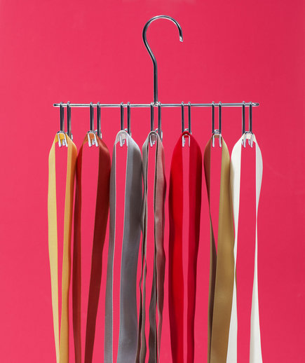 new-use-hanger-ribbon-organizer