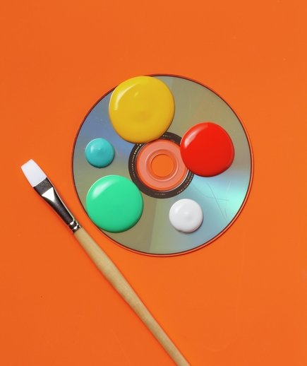 cd-paint-palette