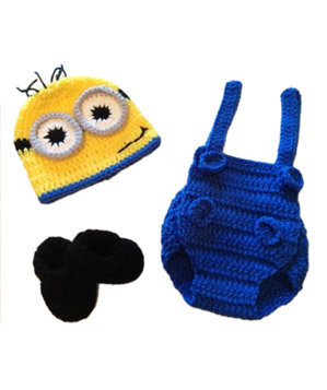 Baby Minion Costume by FussButtons