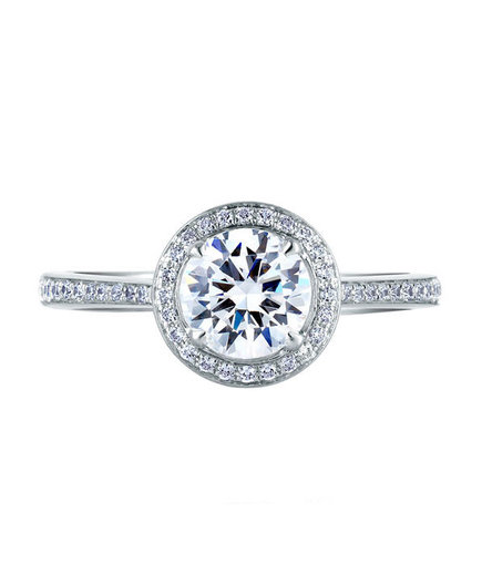 round-cut-engagement-ring-9