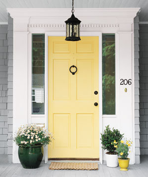 Easy DIY: Make Your Front Door More Inviting