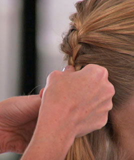 How To: French Braid Hair