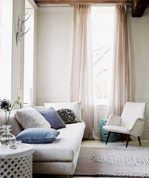 Beige Room With Light Pink Curtains Part 79