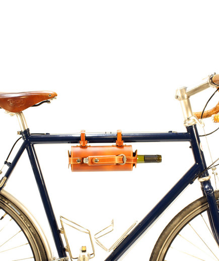 Pedal Happy Design Bicycle Mounted Leather Wine Carrier