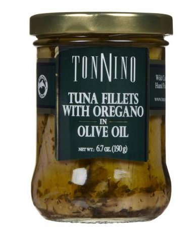 Tuna fillets packed in olive oil