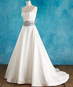 wedding-dresses-pear-shaped