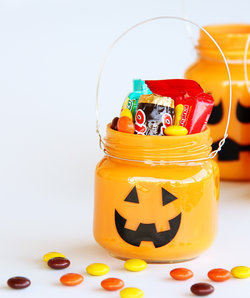 mason-jar-halloween-crafts
