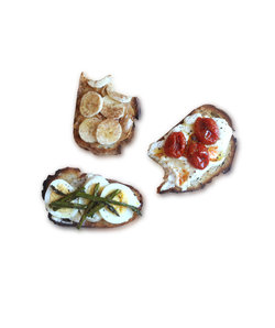 inventive-delicious-ways-to-dress-up-toast