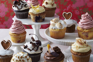 valentine-cupcakes-group-shot