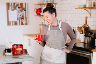 folgers-5-ways-to-bring-the-cafe-experience-home