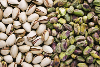 pistachio-day-why-are-pistachios-green-are-pistachios-fattening-gluten-free