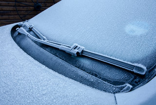 defrost-car-windshield