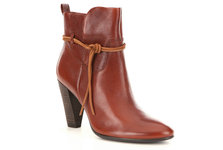 stylish-comfortable-ankle-boots