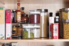 organizing-spices-and-condiments
