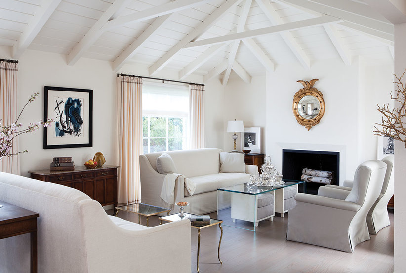 7 Design Mistakes To Avoid In Your Hall: 8 Decorating Mistakes To Avoid In A Studio Apartment