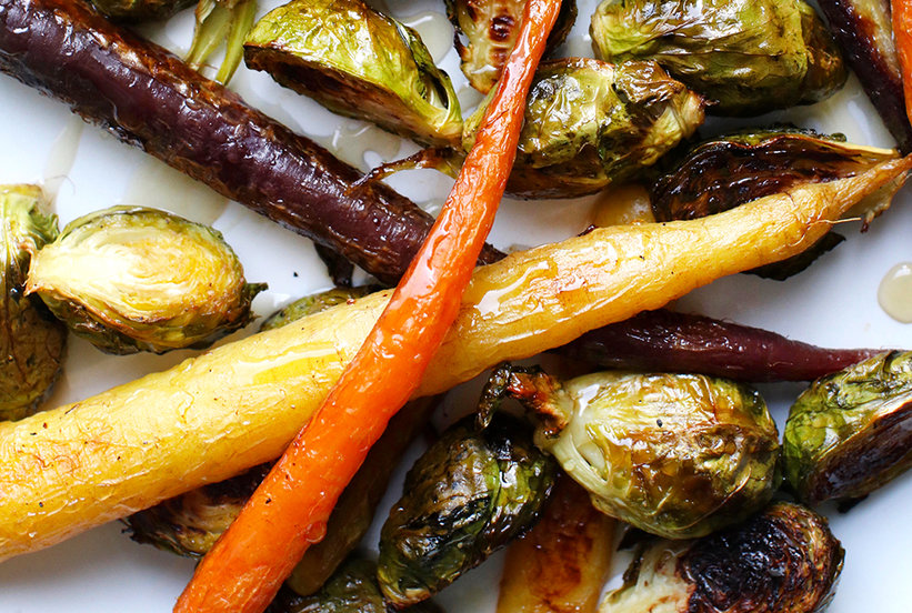 The Surprisingly Common Mistake You're Making With Roasted Vegetables