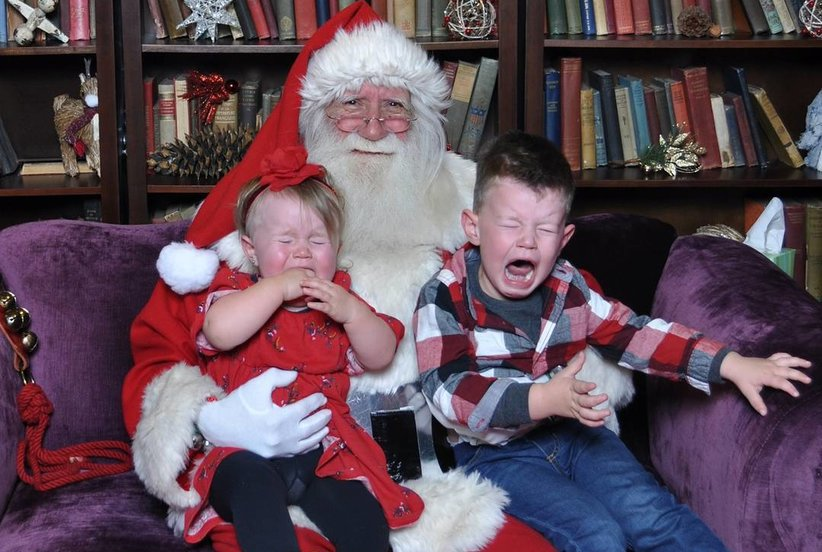 8 Hilarious Santa Fails